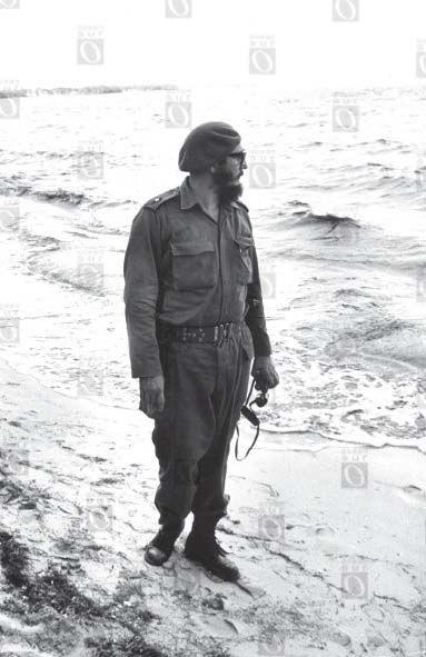 Fidel Castro en Playa Girón, abril de 1961.