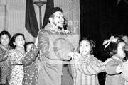 Durante una de sus visitas a China, en 1963