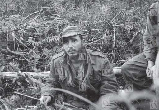 Fidel Castro en la Sierra Maestra durante la Guerra Revolucionaria cubana (1956-1958).