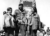 Fines de 1965 en el Pico Turquino. Con Fidel y Rosa E. Navarro