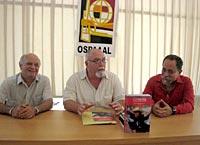 Alfonso Fraga, Roberto Regalado y Amílcar Figueroa en la presentación del número 12 de «Contexto Latinoamericano»