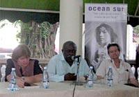 Aleida Guevara y los comandantes Víctor Dreke y Oscar Fernández Mell, en la presentación del libro
